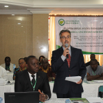 "IFPRI-NSSP and the Nigeria Agricultural Policy Project Facilitates the Agricultural Policy Research Network's (APRNet) Fourth National Stakeholders Forum on ""Making Agricultural Research Work for End Users"""